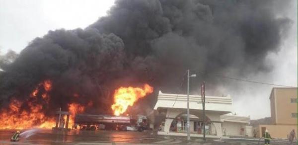 الخارجية اليمنية تعزي باكستان في سقوط ضحايا جراء انفجار ناقلة نفط