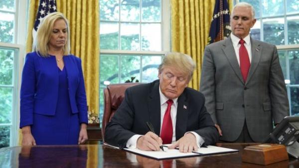 المحكمة العليا الأمريكية تؤيد قرار ترامب بمنع دخول مواطني عديد دول بينها اليمن إلى الولايات المتحدة