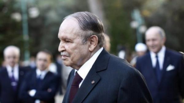 عيد استقلال الجزائر: بوتفليقة يطالب فرنسا بالاعتراف بما &#34اقترفته&#34 في حق الجزائريين