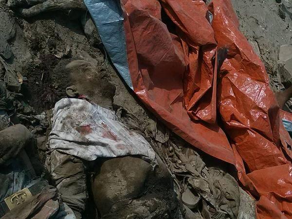 العدوان السعودي يضيف مجزرة جديدة.. استشهاد أكثر من 40 مدنياً في غارة على سوق جنوب اليمن (صور +18)