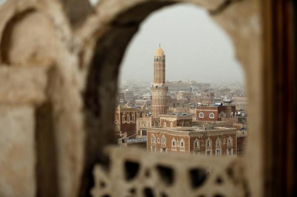 مليشيا الحوثي بصنعاء تختطف عدداً من الخطباء غير الموالين لها