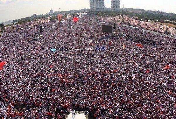أكبر تظاهرة ضد أردوغان في تركيا