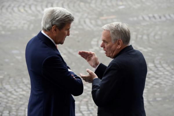 وزير خارجية فرنسا يتهم بوريس جونسون بالكذب ويطالب بشريك بريطاني &#34يتمتع بمصداقية&#34