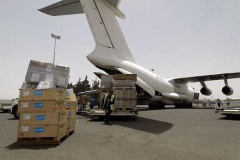 طائرتا مساعدات طبية وصلتا مطار صنعاء