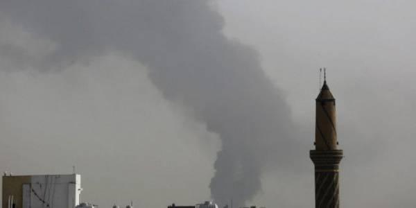 طائرات العدوان على اليمن تعاود الغارات على العاصمة صنعاء وتقصف سوقا ومسجدا ومدرسة