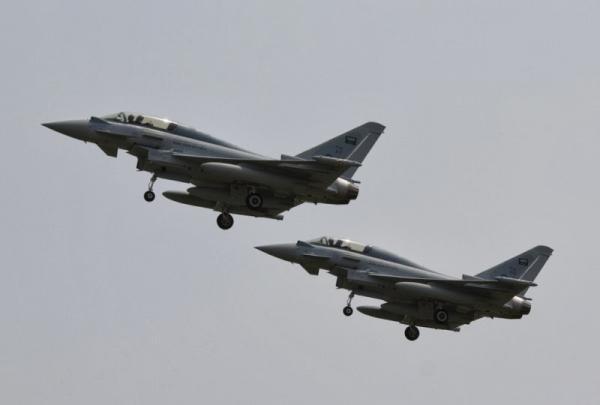 طيران العدوان يلقي قنابل ضوئية في سماء مديريتين بصعدة