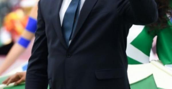 البرازيلي رونالدو أدخل المستشفى في إيبيزا بسبب التهاب رئوي (تقارير)