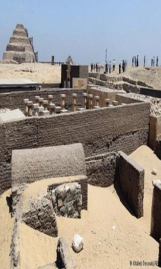 مصر: اكتشاف ثلاث مقابر من العصر البطلمي