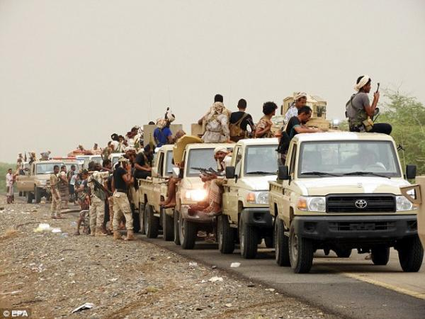 الحديدة.. مقتل أكثر من 40 عنصراً حوثياً وجرح آخرين بهجمات ميدانية وقصف مدفعي وغارات جوية