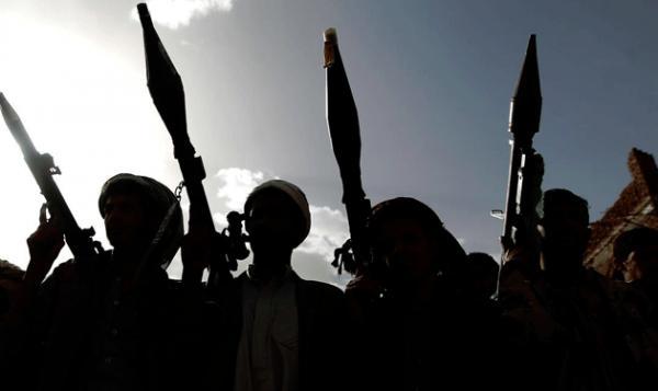 المليشيا تطلب فدية مالية للإفراج عن صحفي بصنعاء وتحرق منزل مواطن بإب