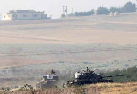 وكالة: مقاتلون سوريون تدعمهم تركيا يسيطرون على قرية قرب جرابلس