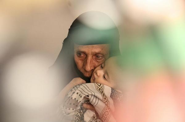 الغارديان: اليمن كارثة أسوأ من تكساس ولا أحد يتحدث عنها