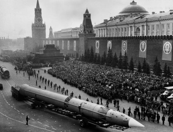 وفاة ستانيسلاف بيتروف الذي أنقذ العالم من حرب نووية