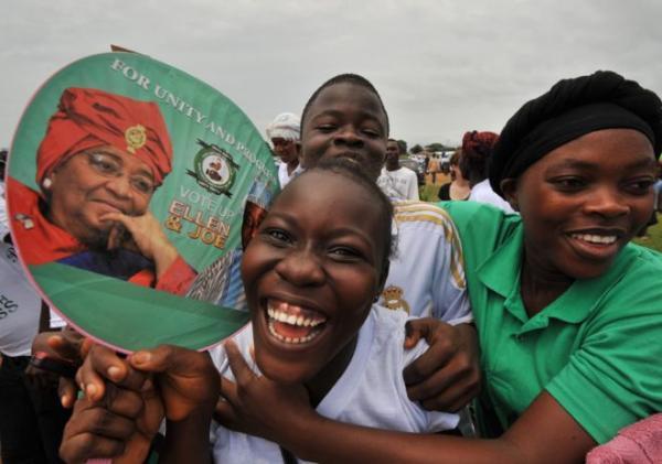 المرأة الحديدية الأفريقية: أول امرأة ترأس ليبيريا &#34سعيدة&#34 بإنجازاتها