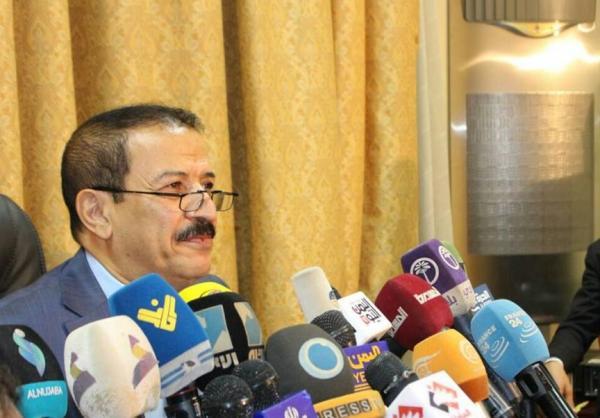 هشام شرف يتحدث عن المفاوضات وتمديد مهمة ولد الشيخ ومحاولة بيع ممتلكات اليمن في الخارج
