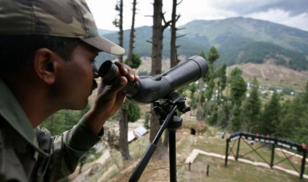 الهند تقول إنها شنت ضربات على المتشددين في باكستان