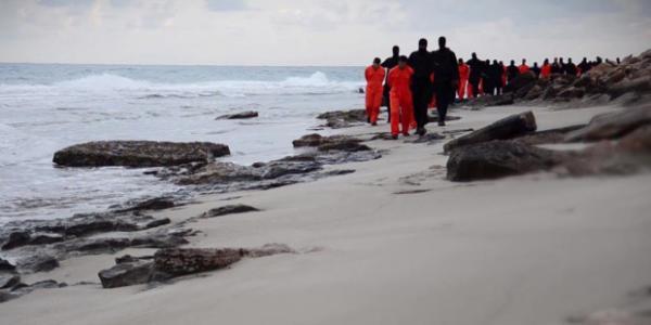 انتشال جثث 21 مصريا قتلهم داعش في ليبيا