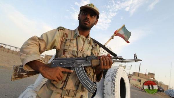 اختطاف 14 من قوات الأمن الإيرانية والحرس الثوري