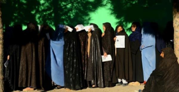 13 قتيلا على الأقل في اعتداء انتحاري استهدف مكتب اقتراع في كابول