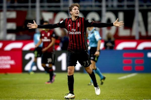 بطولة ايطاليا: ميلان يصدم البطل ويشعل المنافسة على الصدارة