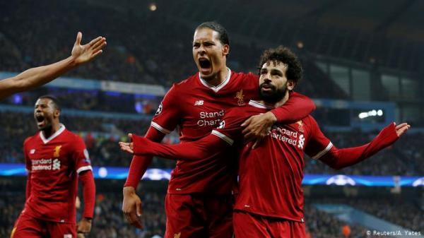 محمد صلاح يدعم زميله في ليفربول ضد المشجعين الإنكليز