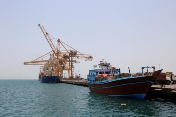 التحالف العربي: مليشيا الحوثي تواصل منع دخول السفن إلى ميناء الحديدة