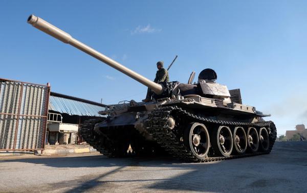 طرابلس .. الجيش الليبي يسيطر على أهم مواقع الوفاق